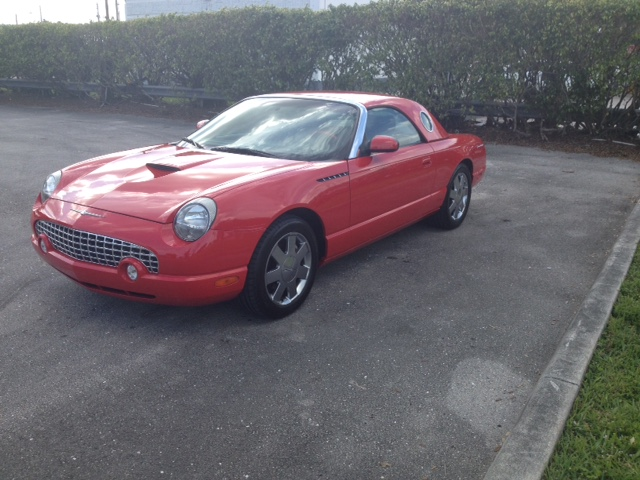 2002 FORD THUNDERBIRD CV